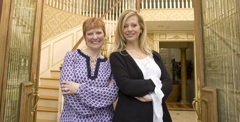 Sisters Caroline & Dina Manzo