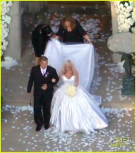 kendra-wilkinson-wedding-pictures-01