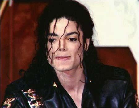 http://famespy.files.wordpress.com/2009/06/mj-curls.jpg?w=500