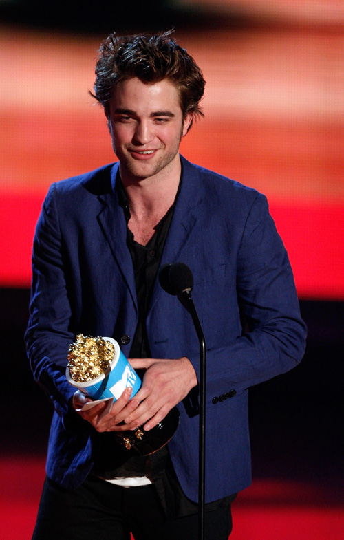 robert-pattinson-mtv-5319-5