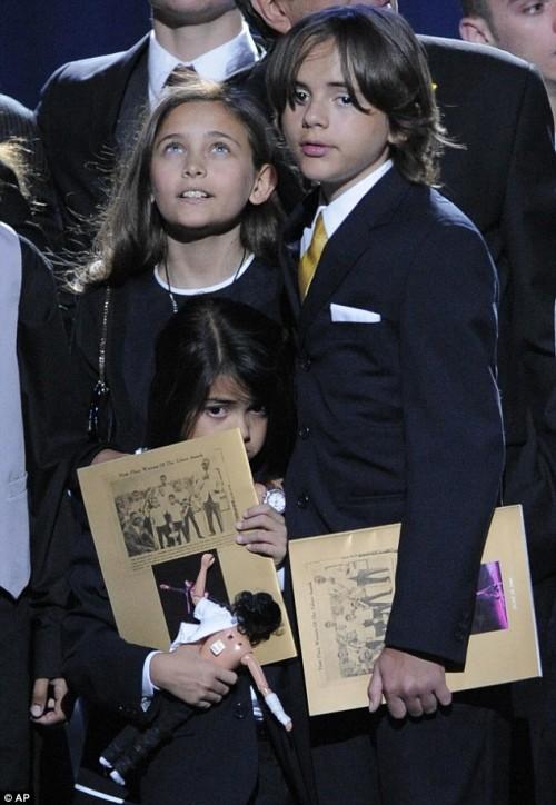 Paris, Prince Michael & Blanket (front)
