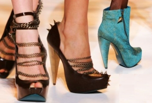christian_siriano_fall09_shoes_payless