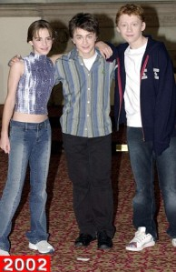 NATIONAL PICTURES. L-R EMMA WATSON (HERMIONE),  DANIEL RADCLIFFE