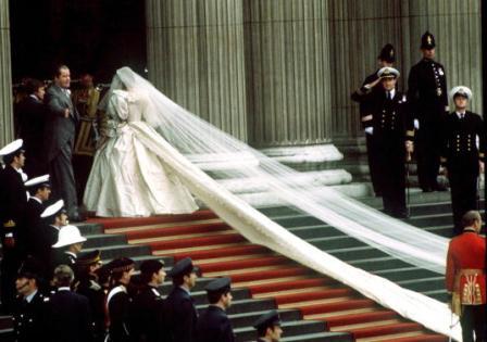 princess diana wedding gown photos. Princess Diana