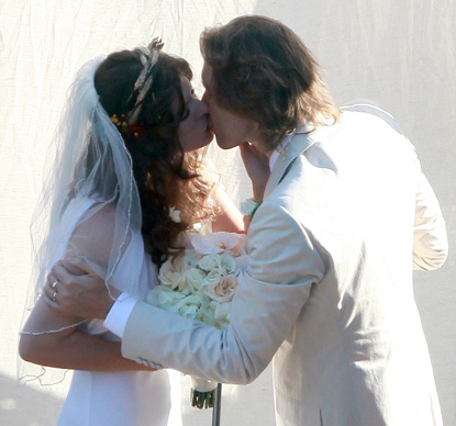 milla paul wed