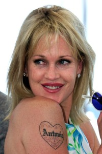 tattoos-von-melanie-griffith-1-thumb-375x562-22720