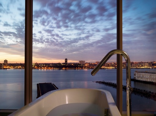 the-standard-new-york_from-bath-tub_high-rez